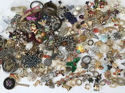 Big Mixed Lot Broken Retro Vintage Jewelry Making Brooches Necklaces Bracelets