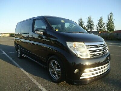 Nissan Elgrand Rider 2.5V6 High Spec Car With Sunroofs 2006 V- Clean 68000 Miles