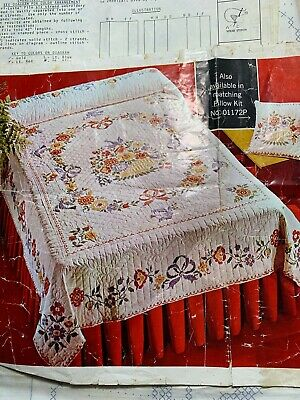 Vintage Cotton Fabric COLONIAL PLYMOUTH Single QUILT Kit PARAGON #01172