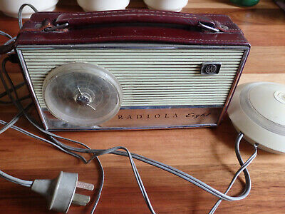 Collectable AWA Radiola Eight  B29 Radio in working order. Leather Case .