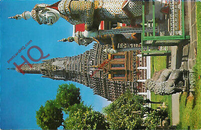 Picture Postcard; Thon Buri, Temple of Dawn, Pagoda and Giant Guardian
