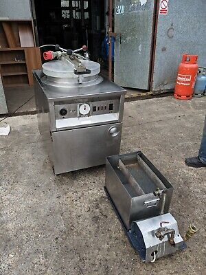 Bbq King Henny Penny Pressure Fryer 3 Phs Electric