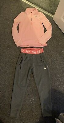 Girls Nike Joggers And Top Age 8-10 Years