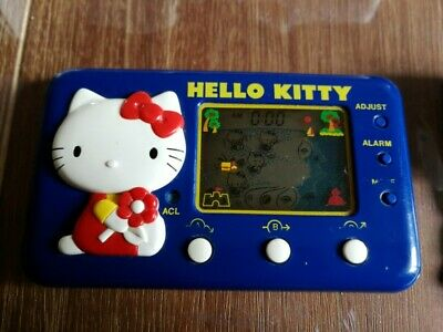 TOMY LCD Game Watch Hello Kitty Seaside Holiday