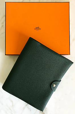 AUTH BNWT HERMES Ulysse MM Togo Leather *DELUXE Notebook Cover w/pad (Dk Green)