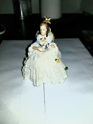 Antique German Early Dresden Lace Lady  With Flowers Porcelain Figurine