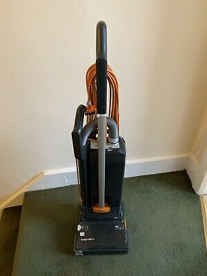 vacuum cleaner Ensign 300 Evo