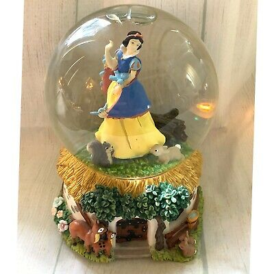 Enesco Disney Snow White Musical Snow Globe Listen to the Mockingbird Vintage