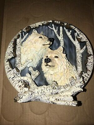 3D Two Wolves In The Woods figure