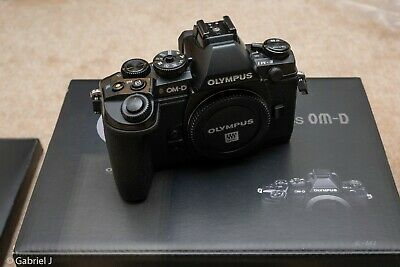 Olympus OM-D E-M1 Digital Camera Body Only (Great Condition)
