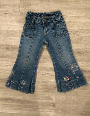 Baby Gap toddler girls bell bottom blue jeans Gap Denim size 3T