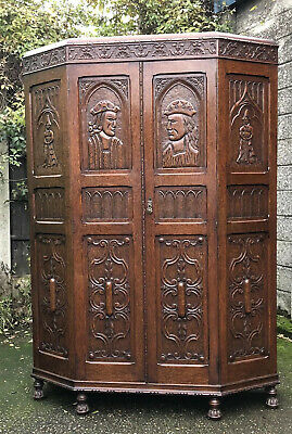 Superb Rare Carved  Arts & Crafts Solid Oak 2 Door  Hall Wardrobe 2 Man Delivery