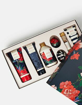 Joules Ultimate Bathing Gift Set in NAVY FLORAL in One Size