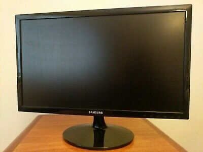 "S22D300NY Samsung Simple LED 21.5"" Monitor with High Glossy Finish"