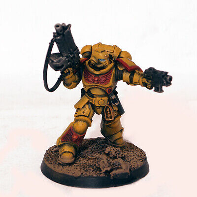 Imperial Fists Primaris Lieutenant w Bolter - Warhammer 40K Space Marines