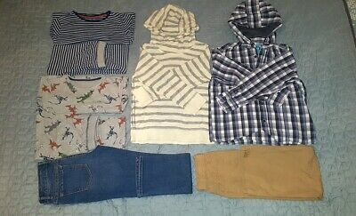 Bundle of clothes boys 8 years old (next, gap, marks&spencer)