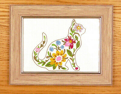 Blooming Cat - Framed Embroidery