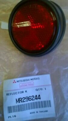 fits MITSUBISHI L200 KB4 2006-ON **GENUINE NEW R//H REAR REFLECTOR FIXINGS**