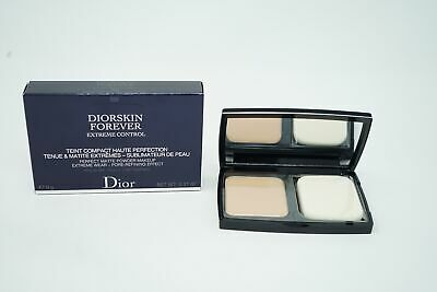 DIOR DIORSKIN FOREVER EXTREME CONTROL MATTE POWDER COMPACT Make up 030 Beige Moy