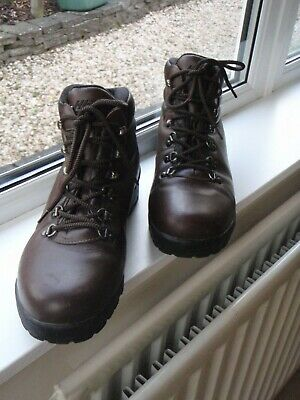 Mens  Hi-Tec  Eurotrek Leather Walking Hiking Boots Size UK 11 in Brown
