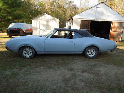 1969 Oldsmobile Cutlass  69 Cutlass Convertible  clean project 350 with A/c