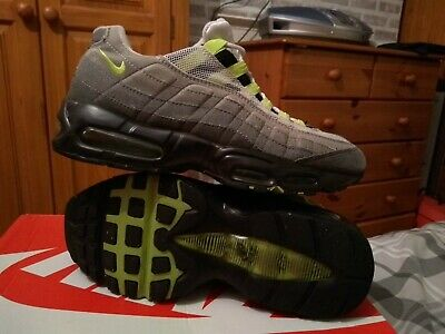 Mens Nike air max 95 trainers..size 7uk..!