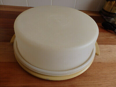 Retro Round Tupperware Cake Carrier/Container . Mustard base, Clear Top