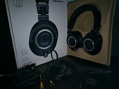 Audio-Technica ATH-M50x Closed-Back Professional Studio Monitor Headphones Black