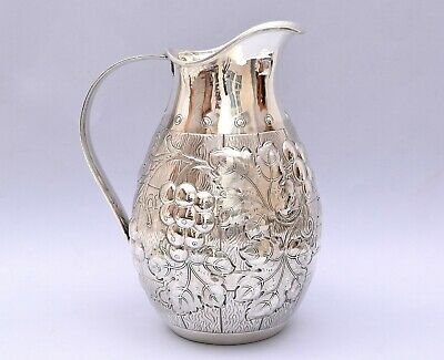 BEAUTIFUL SOLID SILVER REPOUSSE PITCHER / WINE JUG. 718 grams / 25.33 ounce