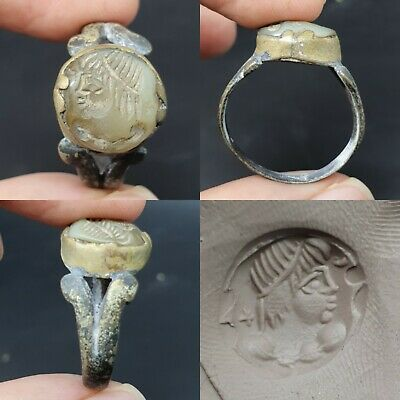 Wonderful ancient old Roman intaglio stone unique bronze antique ring