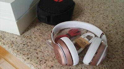Apple Beats by Dr. Dre Solo3 Wireless On-Ear Bluetooth Headphones Rose Gold New
