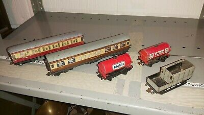 Hornby Dublo and Meccano job lot coaches and wagons