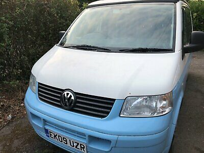 VW Transporter T5 Camper/Day Van - Pop Top - 1.9tdi in Blue & White 2009