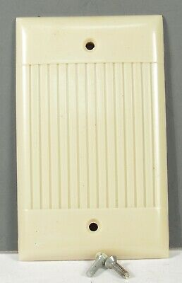 Vintage NOS Sierra Ribbed Ivory Bakelite Toggle Switch Wall Plate Cover