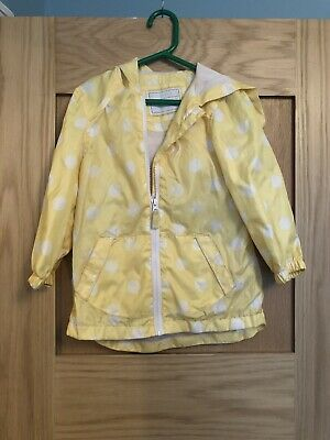 Girls Yellow Spotty Rain Coat Age 4-5 Years