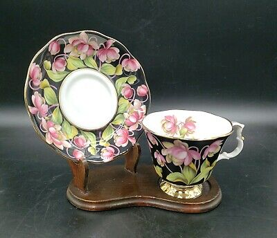 Bone China Provincial Flowers Pitcher Plant Tea Cup & Saucer By Royal Albert  49