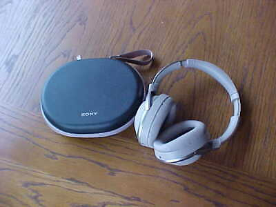 Sony WH-1000XM2 Premium Wireless Noise Cancelling OverEar Headphones Gold 2017!!
