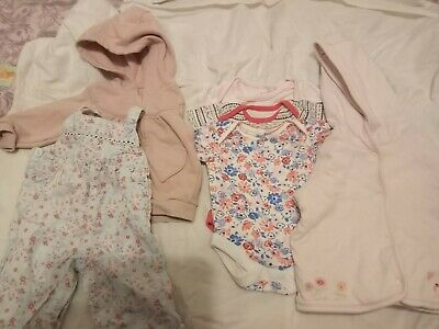 Job lot of baby girl clothes 0 - 3 MTH good condition