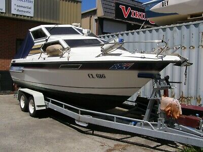 1993 Whittley Cruise Master 2300 Sovereign HALO with trailer