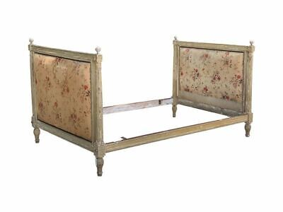 Louis XVI Painted Antique Day Bed