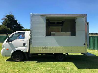 Food Truck - Fully Equipped - Comes With Reg, Rw & A New Fridge