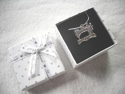 """Vintage Singer Sewing Machine:silver 19"""" Pendent Snake Chain Necklace,Gift Boxed"""
