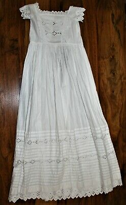 Antique B Anglais Christening Gown