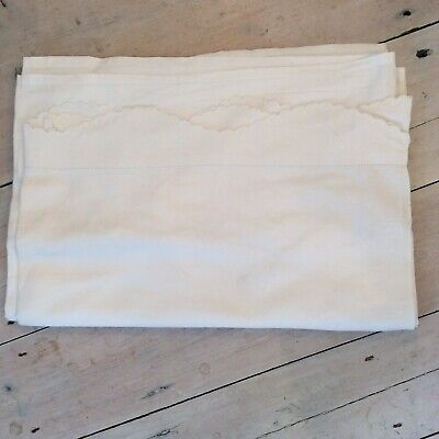 Pretty Scalloped Edge Vintage White Cotton Single Bedsheet.