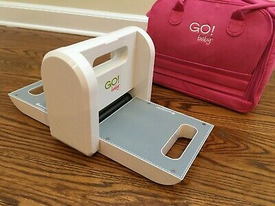 Accuquilt Go! Baby Fabric Cutter Plus Pink Carrying Case