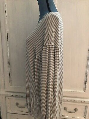Maternity Long Sleeve Large Super Soft Striped Gray And White Shirt EUC