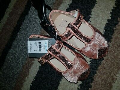 Girls Sparkly Pink Shoes Infant Toddler size 3 Brandnew With Tags