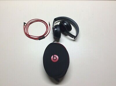 Beats by Dr. Dre B0518 Solo2 Wired Headband Headphones -Glossy Black