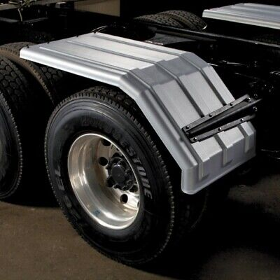 "Minimizer 1550 Series ""Square Back Bruiser"" Poly Fender"