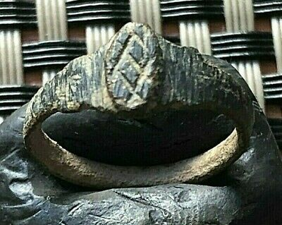Ancient Roman Bronze Ring Circa 100-200 Ad Very Rare